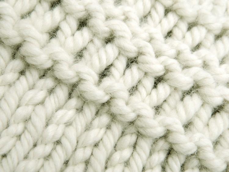 © Die Maschen zum Glück Pullover aus Sullana Alpaka Wolle