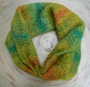 kodmohair-gruen-multicolor-loop-intro