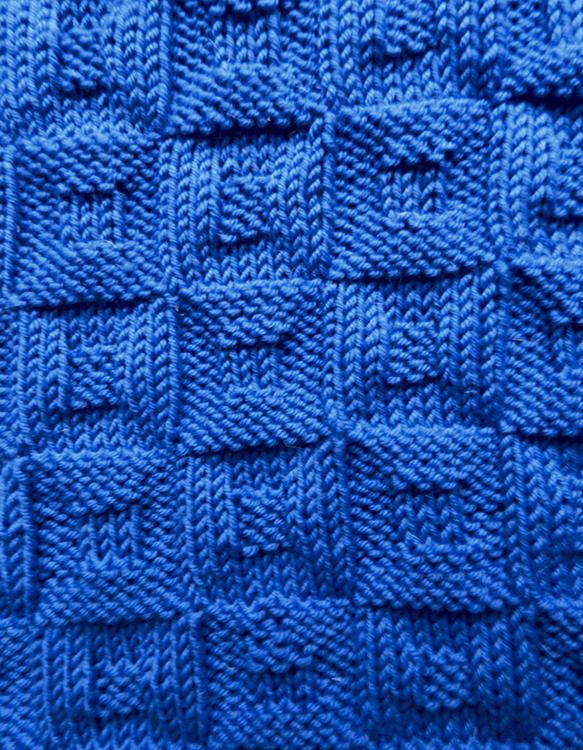 © Die Maschen zum Glück | Bouderwijn trät Blau | Babydecke
